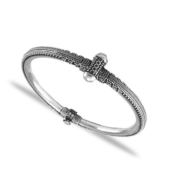 Taraash 925 Silver Antique Handcrafted Bangle for Women
