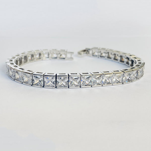 Blisse 925 Silver Square shape White CZ Bracelet For Women