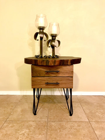 Black-Walnut-End-Table