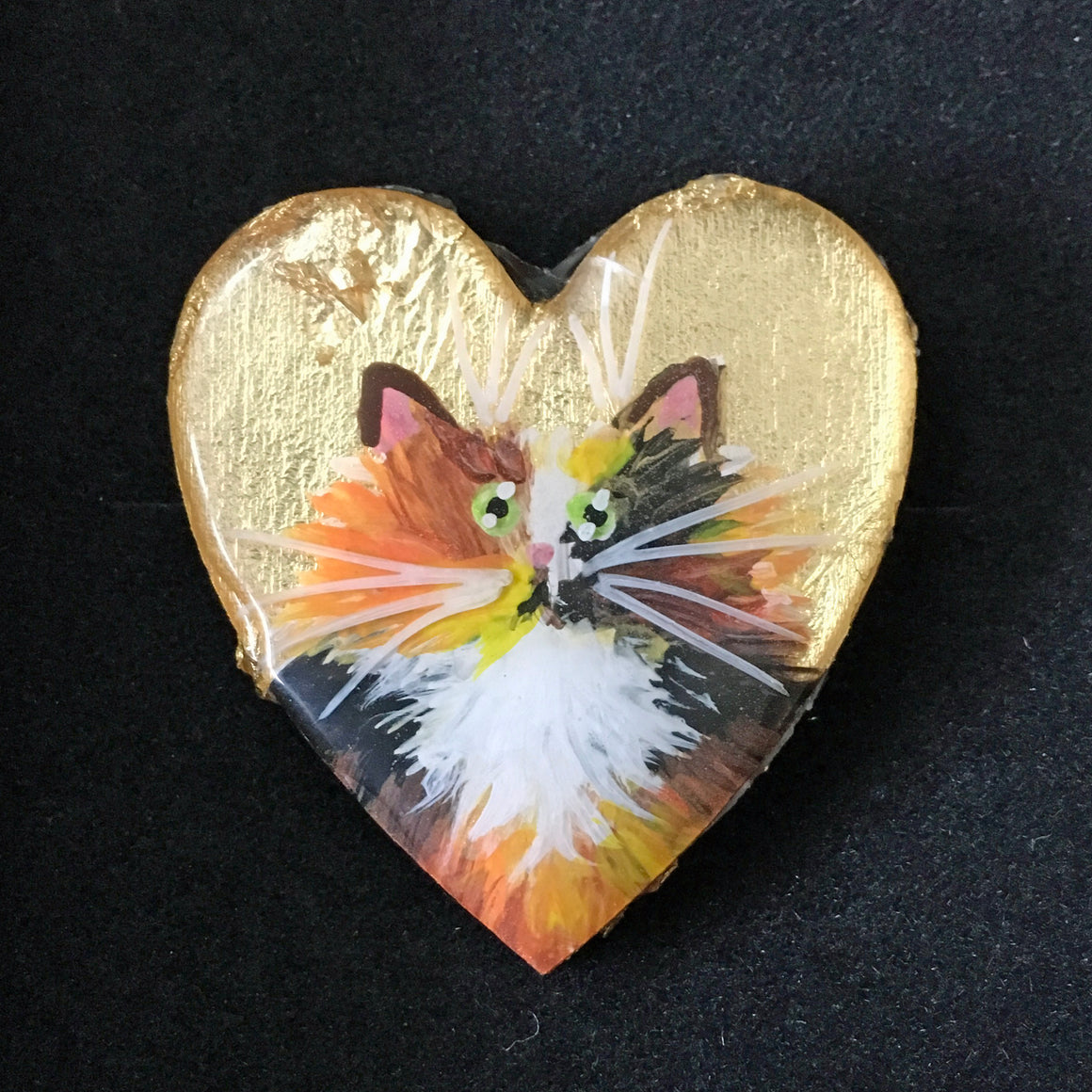 AUCTION: Tortie cat on gold leaf brooch