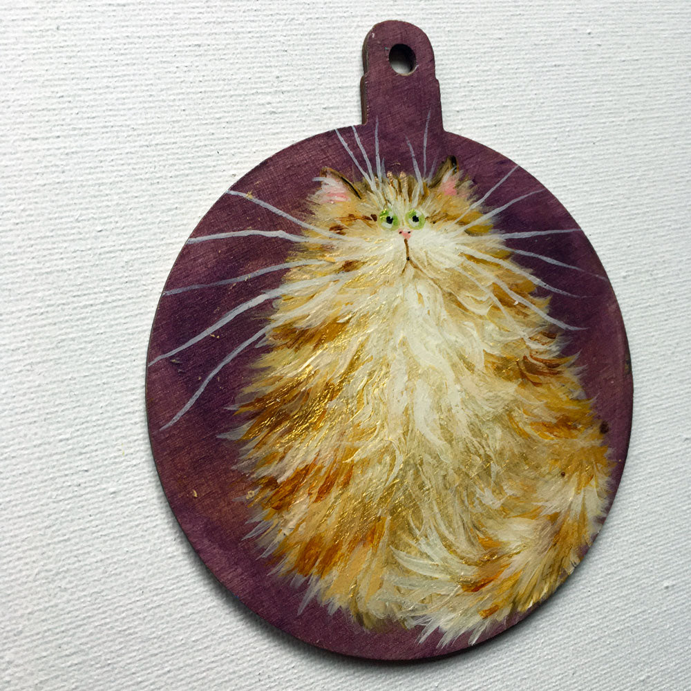 Fluffy gold tabby - almost perfect ornament