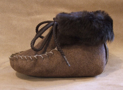 Infants Genuine Sheepskin Laced Booties Small Medium Large Made in USA - Omni Gift Shop
