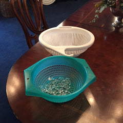 plastic colanders for cleaning chandeliers