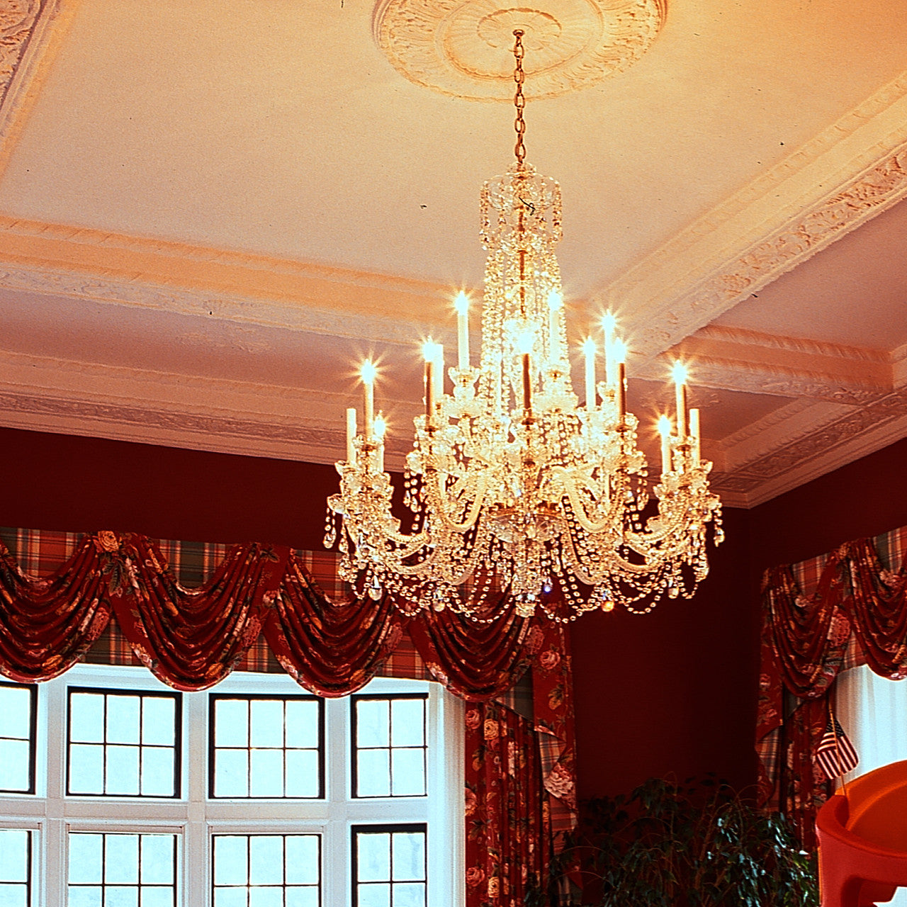 King 18 light crystal chandelier with swarovski 32 x 45 crystal chandelier king with swarovski king in foyer king in living room arubaitofo Images