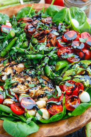 Spinach Caprese Salad with Grilled Chicken, Fresh Tomato & Mozzarella with Balsamic Vinaigrette