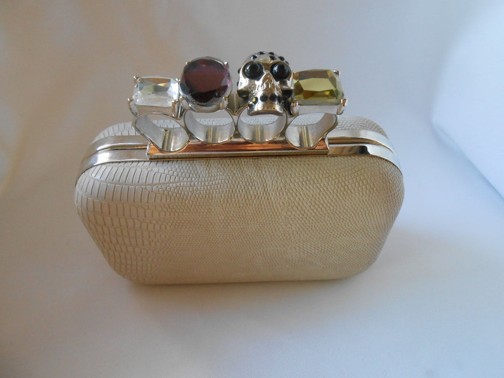 Skull Knuckle Cream Duster Ring Clutch