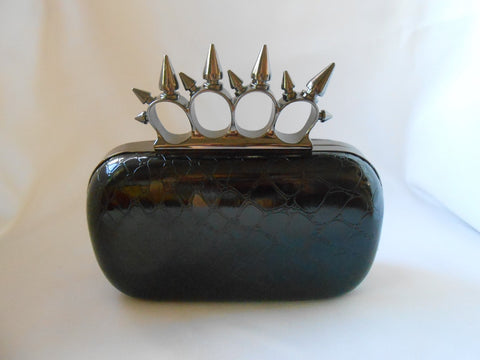 Alligator Knuckle Ring Clutch with Spikes