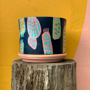 Lozz Green Handpainted Pot