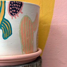 Load image into Gallery viewer, Lozz Green Handpainted Pot