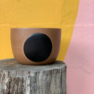 Full Moon Pot - Brown Black