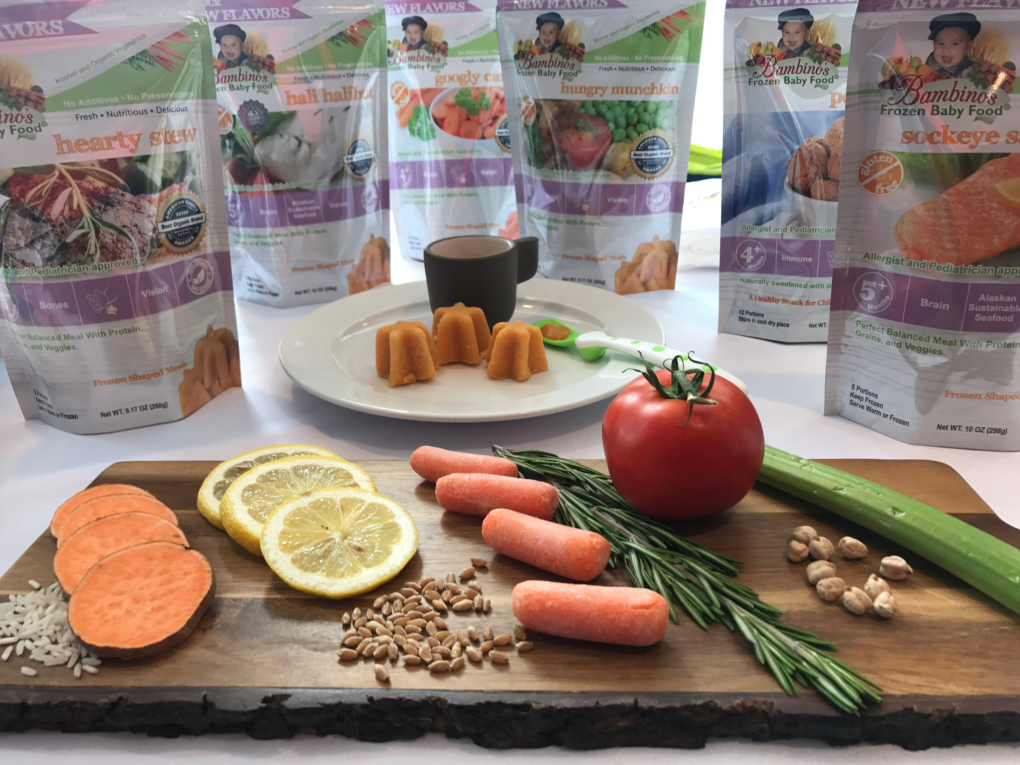Bambinos Baby Infant Toddler Organic Protein vegetable foods. Beef, chicken salmon halibut carrot celery tomato puree solid kosher meals home delivery