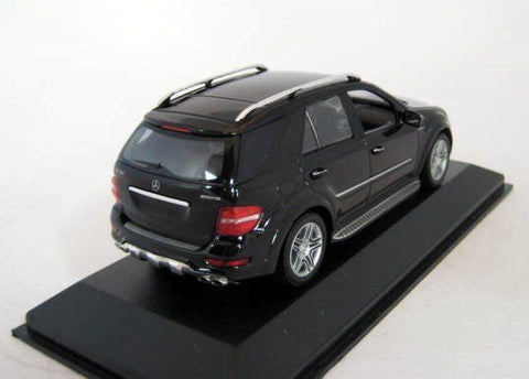 Minichamps Mercedes Benz ML 63 AMG Black 1/43