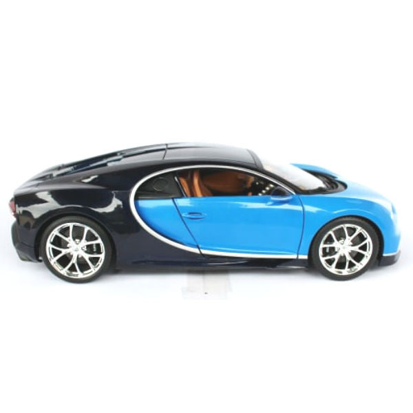 bburago bugatti chiron 1 18 blue. Black Bedroom Furniture Sets. Home Design Ideas
