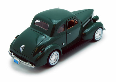 Motor Max 1939 Chevrolet Coupe American Classics Die Cast car 1/24