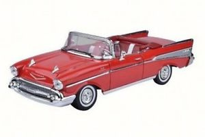 Motor Max 1:18 1957 Chevrolet BEL Air Convertible