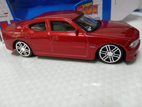 Bburago Street Fire 2006 Dodge Charger