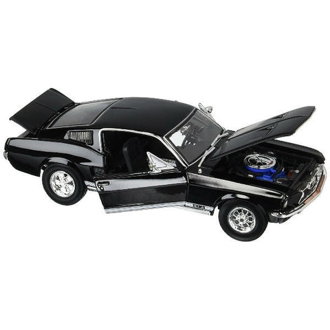 Maisto 1967 Ford Mustang GTA Fastback 1/18 Black