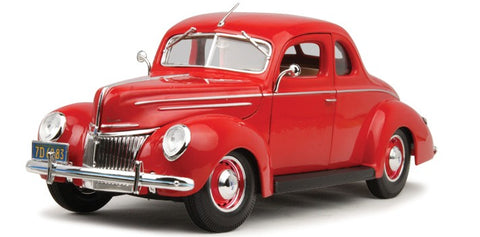 Maisto 1939 Ford Deluxe 1/18 red