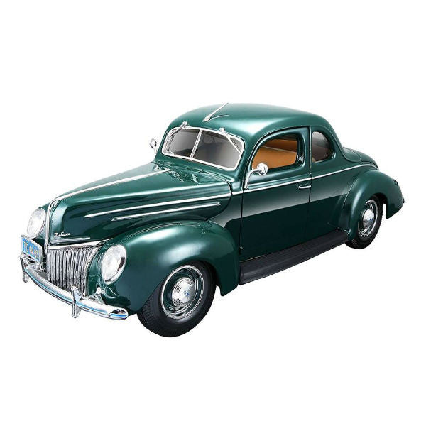 Maisto 1939 Ford Deluxe 1/18 Green - Hobbytoys