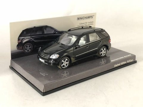 Minichamps Mercedes Benz M Klasse Black Car 1/43