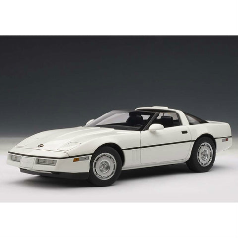AUTOart 1986 Chevrolet Corvette 1/18 White - Hobbytoys - 1