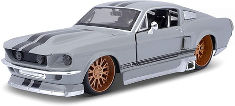 Maisto Design 1967 ford mustang GT 1/24