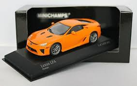 Minichamps Lexus LFA Orange 1/43