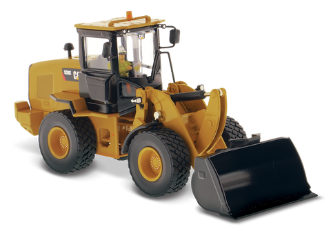 CAT 938K Wheel Loader 1/50 High Line Series