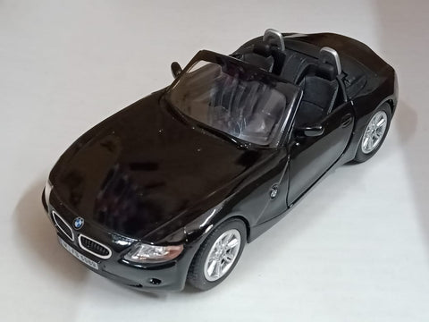 Kinsmart BMW Z4 open top 1/32 Black