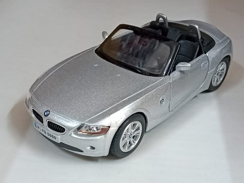 Kinsmart BMW Z4 open top 1/32 silver