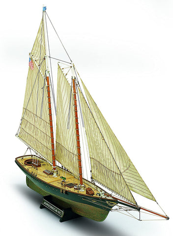 Mamoli 1:66 Yacht America - Wood Plank-On-Bulkhead Model Ship Kit