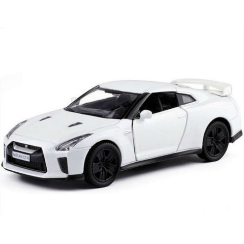 RMZ City Nissan GT-R R35 White