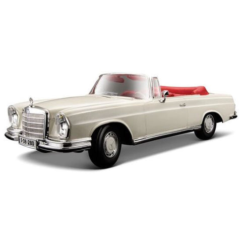 Maisto 1967 Mercedes Benz 280SE 1/18 - Hobbytoys - 1