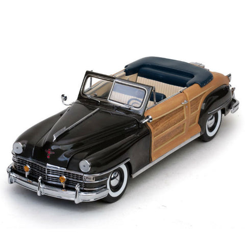 Sun Star 1948 Chrysler Town & Country 1/18 - Hobbytoys - 2