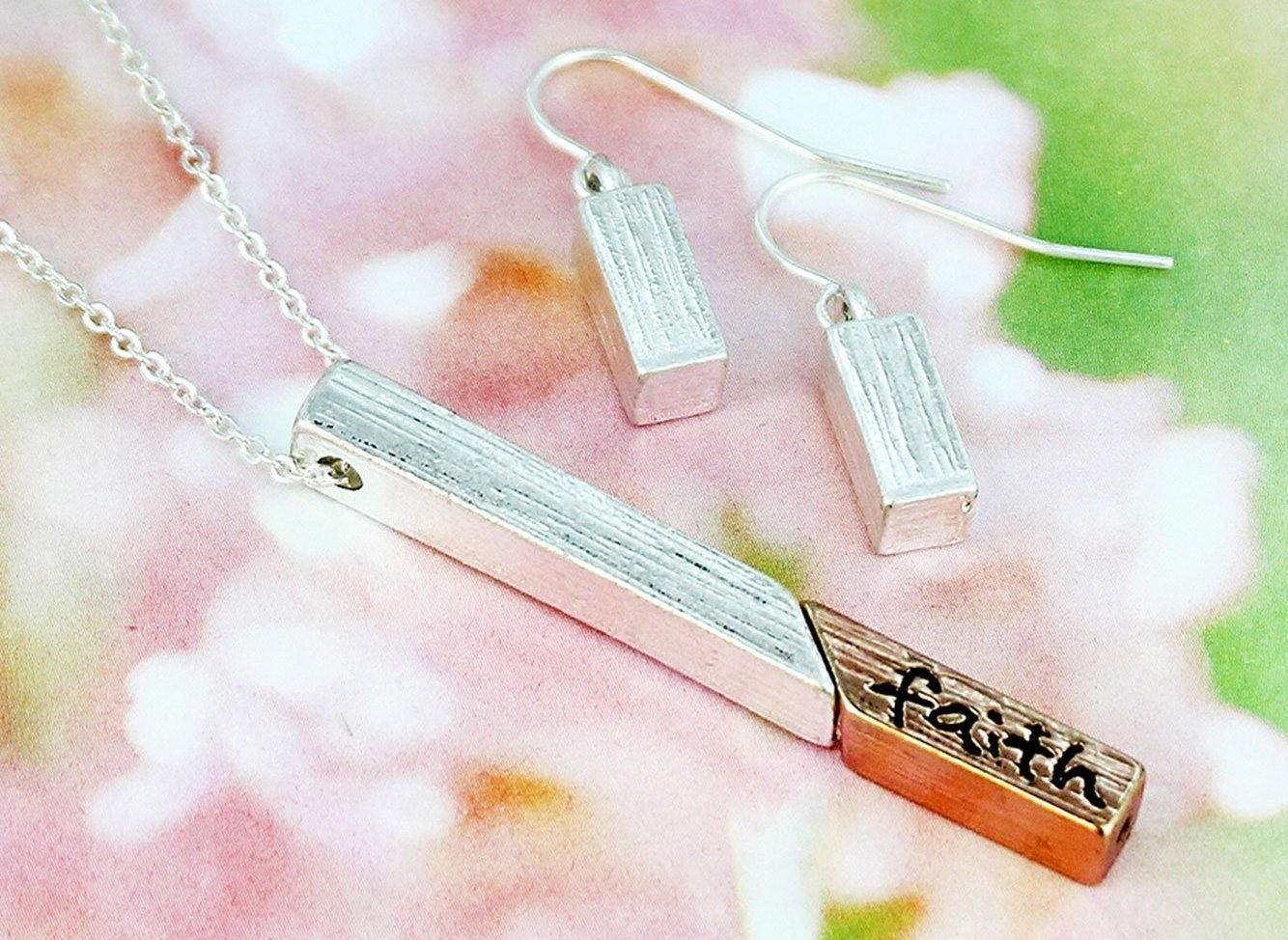 Love Bar Pendant Set