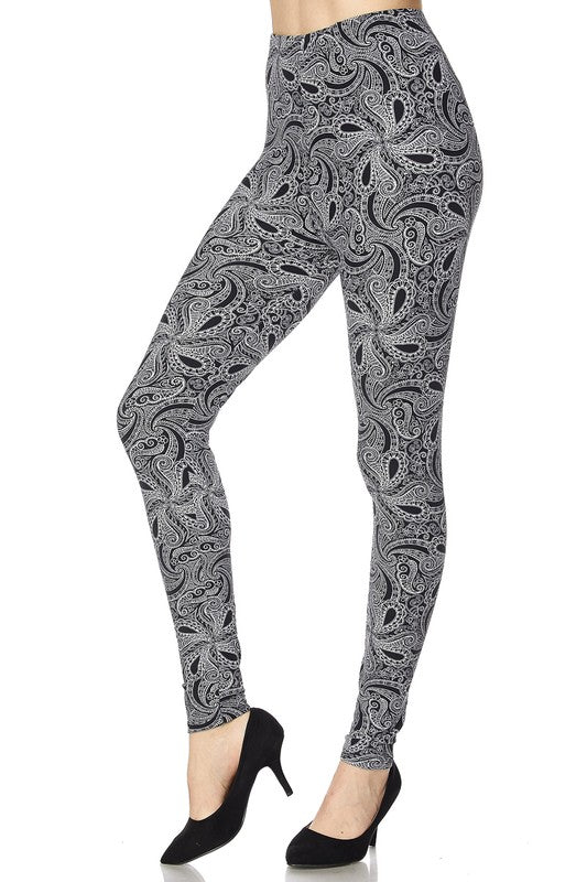 Black & Gray Paisley Leggings (Plus)
