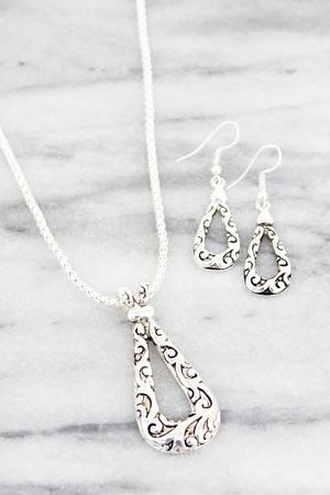 Silvertone Scroll Teardrop Necklace Set