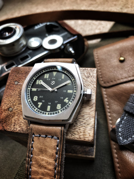 Model C Field Explorer | American Field Watch, Automatic - American Microbrand