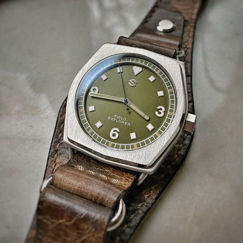 Model C Field Explorer | American Field Watch, Automatic