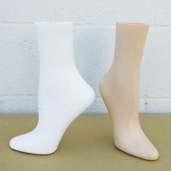 "MN-AA6 USED 10.1"" Freestanding Women's Anklet High Socks Leg Display (FINAL SALE)  - DisplayImporter.com"