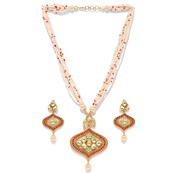 Alluring Kundan Necklace Set