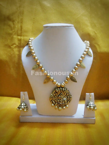 Antique Krishna Pendant with Golden Beaded with Leaf Polymer Clay Jewellery Set