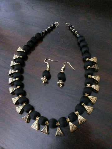Black Ball Silk Thread Jewellery Set