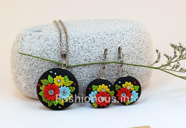 Black Floral Embroidery Necklace and Earrings-ZAPCNS-014