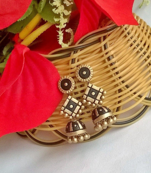 Round Black & Gold terracotta Jhumka