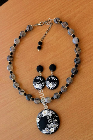 Black Gray Floral Pendant with Semi Precious Beads and Earrings-ZAPCNS-048