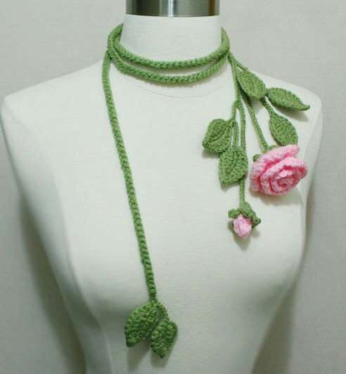 Tribal Crochet Jewellery Set With Green Leaves and Roses
