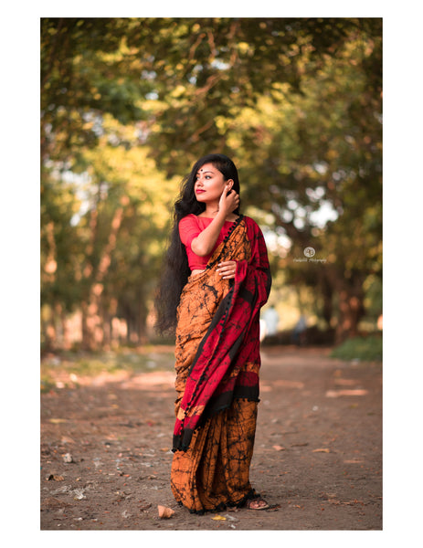 Marbled Beauty- Yellow-Red Pom Pom Saree