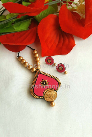 Floral Pink Heart Shaped Terracotta Pendant Set-TJS-031