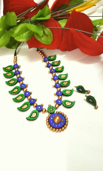 Golden Green and Blue Mango With Round Pendant Terracotta Jewellery Set